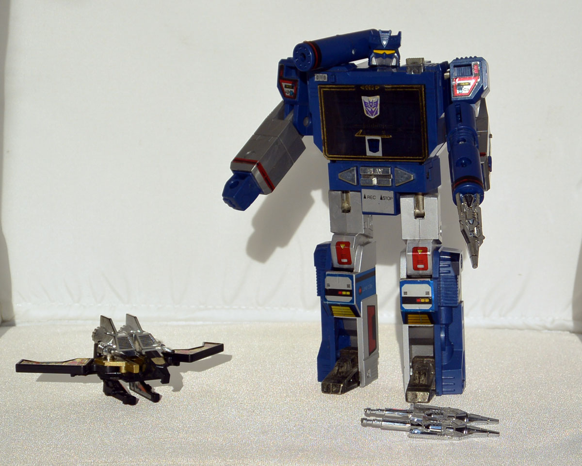 G1-Soundwave-TK-02