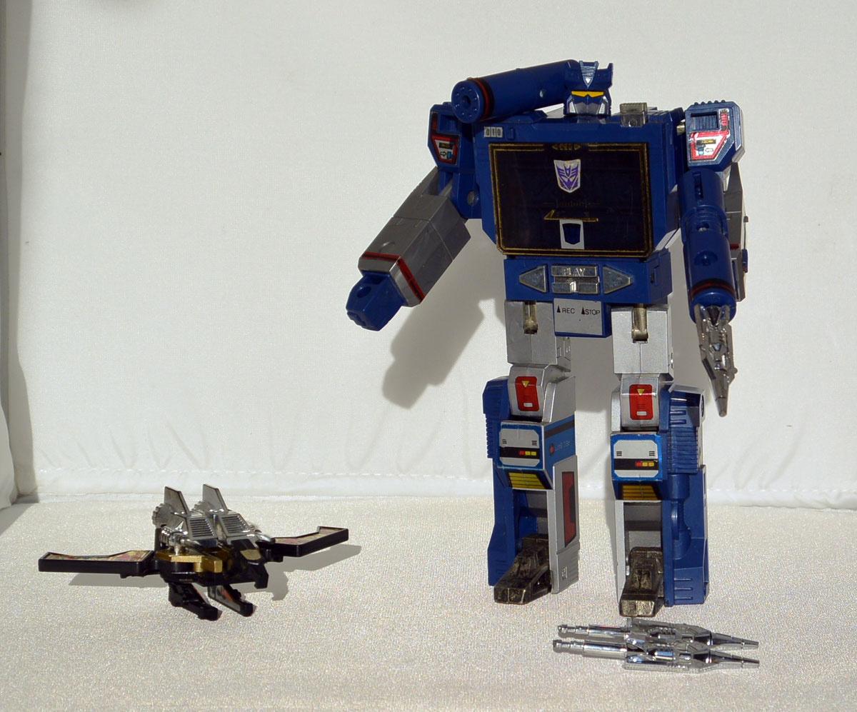 G1-Soundwave-TK-03
