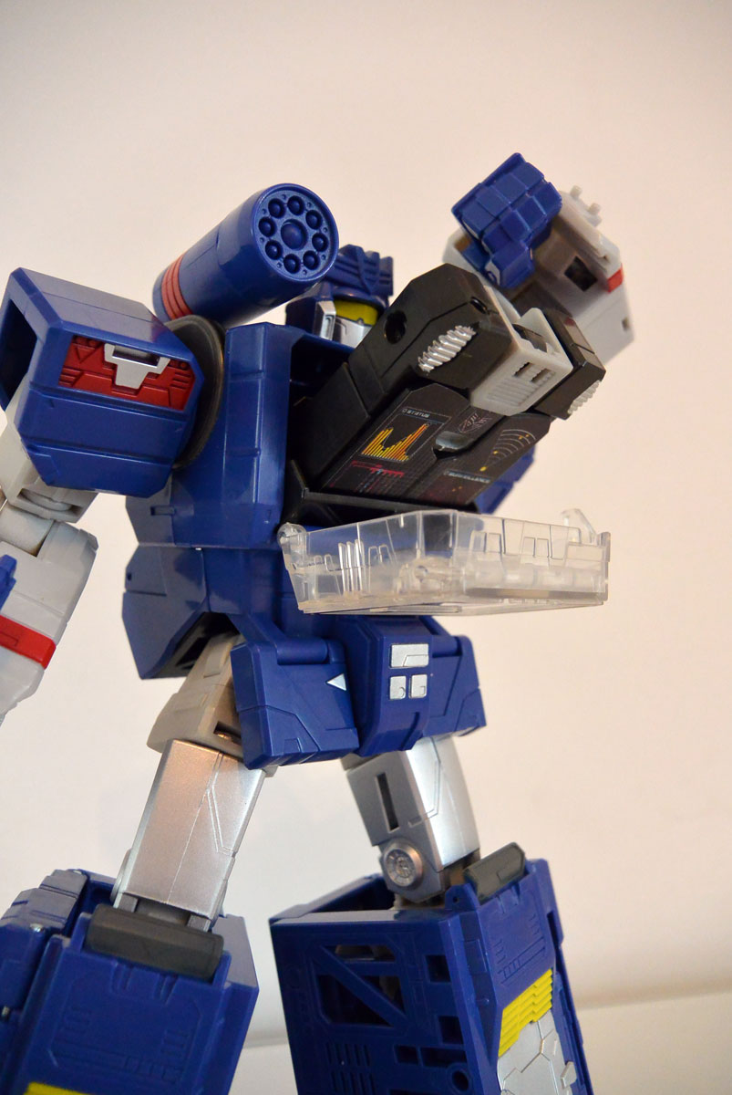 Soundwave-leader-04