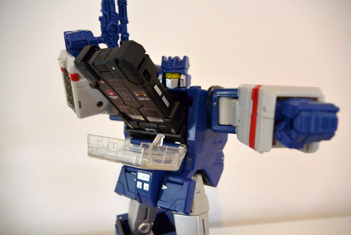 Soundwave-leader-06