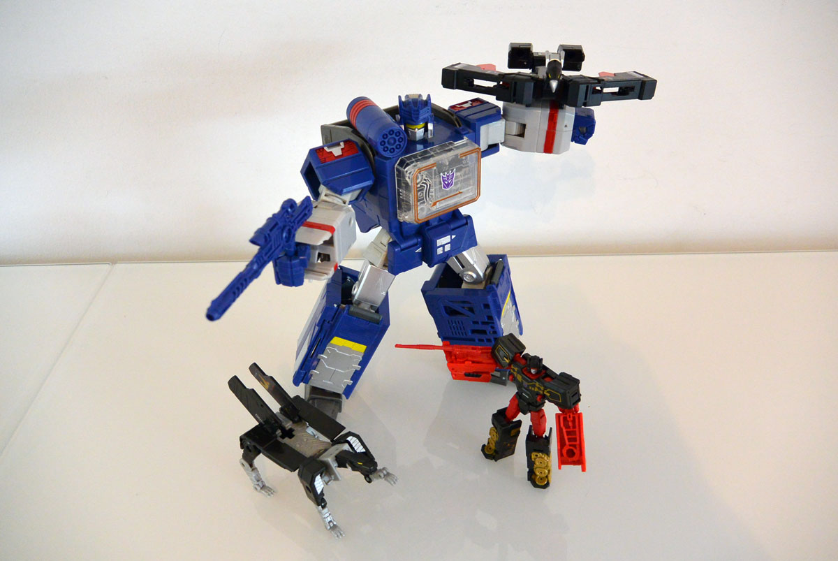 Soundwave-leader-12
