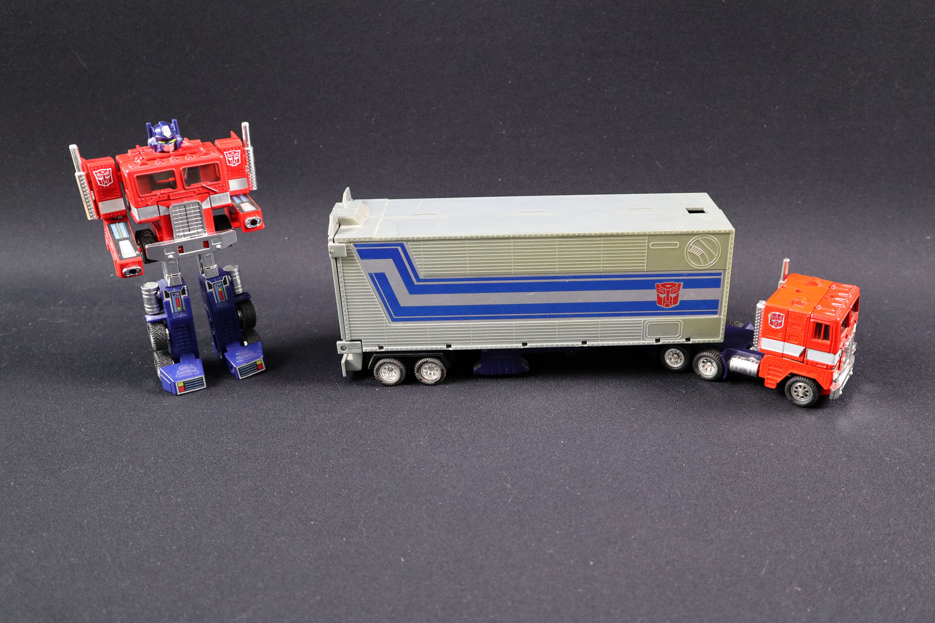 TF_G1_Optimus-Prime-01
